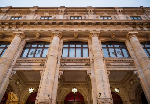 قرارداد پیمانکار نما و اجرای نمای ساختمان